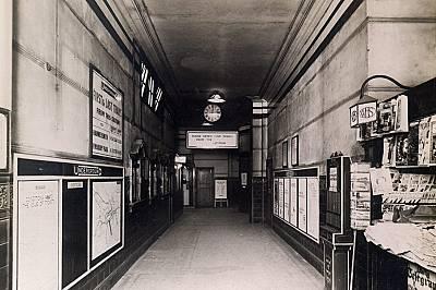 """Тайните на лондонските """"призрачни метростанции"""""""