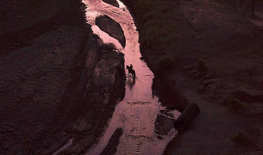 Поток в Атакама -  една от най-безводните и най-сухите на пустини на Земята Снимка:Chelo Montero, National Geographic Your Shot