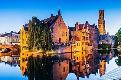 Брюж, БелгияГрадът е основан от викингите, а след това е прераснал в средновековен център на текстилната индустрия. Брюж изнася белгийска бира, изящни...