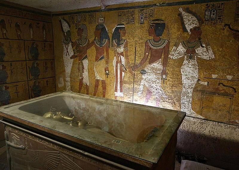 3 D сканиране, извършено с цел да се направи точно копие на гробницата на цар Тутанкамон, разкрива незабелязани досега канали в стените. Снимка: Кри...