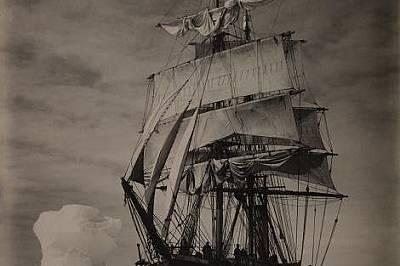 """Корабът """"Тера Нова"""" сред ледовете."""