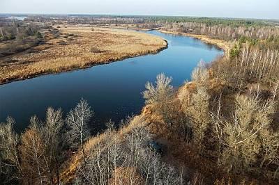 Река ПрипятРека Припят разполовява изолираната зона и е важно местообитание за многобройни животински видове.