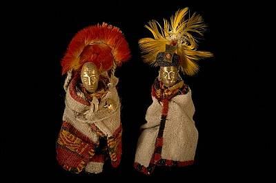 Статуетки и дрехи, принадлежали на древните инки, са били намерени около мумифицираните тела на принесени в жертва на боговете деца в Андите.