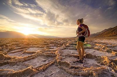 """Национален парк """"Дед Вели"""", САЩТретото място е за Сара Густафсън, която позира на тази снимка със солените образувания в """"Дед Вели&quot..."""