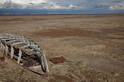 Второто по големина езеро в Боливия пресъхва. Може ли да бъде спасено?