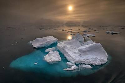 Илулисат Илулисат е в списъка на ЮНЕСКО от 2004 г. - това е най-голямата концентрация на айсберги в Гренландия.