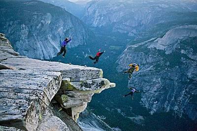 Халф Доум - легендарната скала в снимки