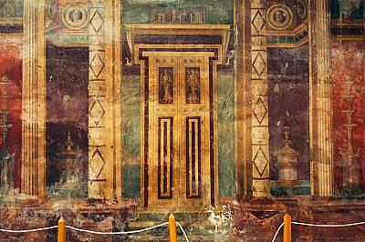 Затрупана от Везувий разкошна древна вила остава в сянката на Помпей