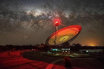 """""""Ловци"""" на извънземни засичат загадъчен сигнал от близка звезда"""