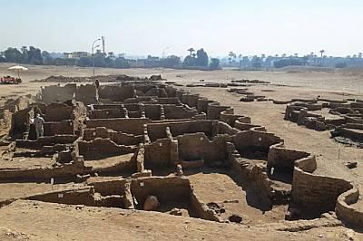 """Откриха прочутия изгубен """"Златен град"""" край Луксор"""