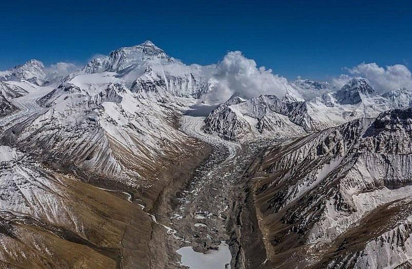 Изглед от северния базов лагер към планината Снимка: Renan Ozturk, National Geographic