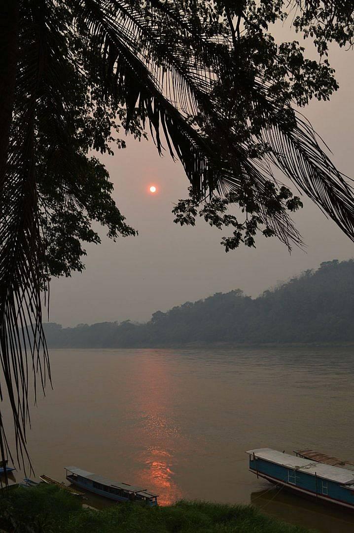 Залез над Меконг