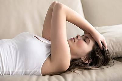 1. Почивките и сънят не подобряват състоянието ви.