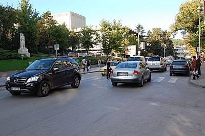 """Някогашната чаршия на Търново, по която плененият Васил Левски е откаран, за да бъде съден в София, днес е булевард """"Стефан Стамболов&qu..."""