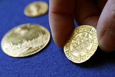 Във Франция откриха уникално съкровище от монети