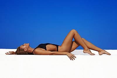 СОЛАРИУМЪТ И ИЗЛАГАНЕТО НА СЛЪНЦЕ БЕЗ СЛЪНЦЕЗАЩИТЕН КРЕМСпоред American Skin Cancer Foundation при хората, които редовно посещават солариум преди 35-и...