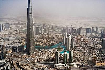 През 70-те години нефтът преобразява Дубай. Днес градът може да се похвали с най-високата сграда в света, гигантски молове и около 2 млн. души, които...