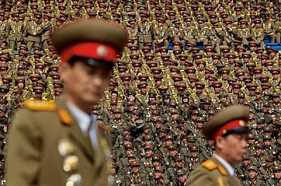 През 2012 г. военнослужещи в една от най-големите армии в света, наброяваща над един милион, са изпълнили стадион по време на празненства в чест на Ки...