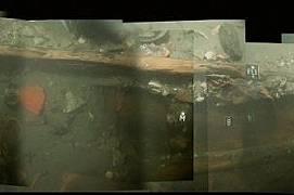 През 2011 г. дългият и изящен нос на баржата изплува от гроба си на дъното на Рона. Водолази открили лявата кърмова част да стърчи от тинята на едва 4...