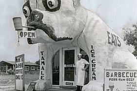 След Първата световна война станали популярни крайпътните заведения като този снек бар в Калифорния.