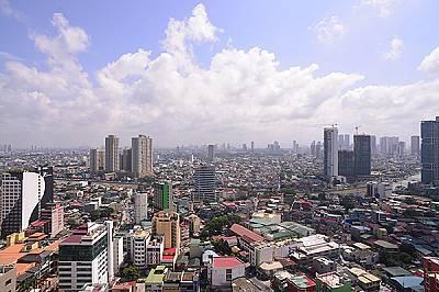 Град в града: Макати се превръща от община на Манила в град през 1995 г. Това е и финансовият център на Филипините. В Макати се намират едни от най-ви...
