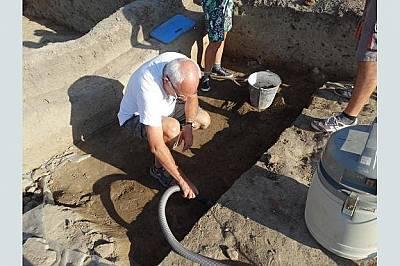 Златото от село Юнаците може да се окаже най-старото в света