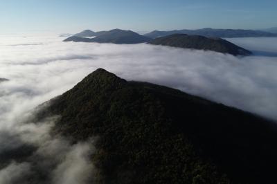 Върхът на върховете или… Място за герои