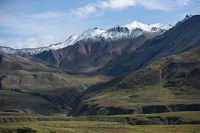 Денали, АляскаДенали е най-високата планина в Северна Америка. Издига се на височина от 6190 метра.