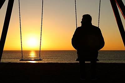 Световно проучване: най-самотните хора са младите мъже