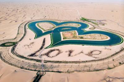 Пустинните езера в Дубай – дестинацията на влюбените
