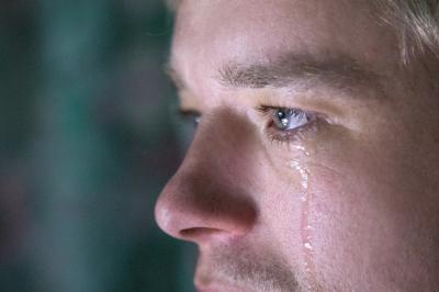 Защо плачът е полезен за тялото и ума?