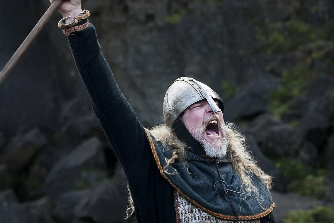 Викингски воин - възстановка Снимка: iStock