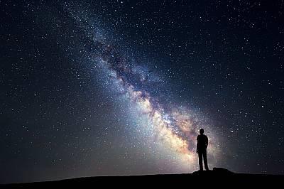 Млечният път - по-висока скорост на въртене, по-голяма маса