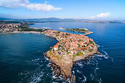 По 11 млн. чуждестранни туристи годишно трябва да посещават България към 2030 г.