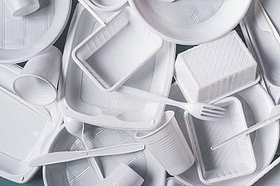 Как ЕС планира да изхвърли пластмасите за еднократна употреба