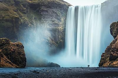 4. СКОГАФОС, ИСЛАНДИЯСеляландсфос за мнозина е най-красивият водопад в страната. Със своите 62 метра височина и почти 30 ширина, водната завеса, падащ...