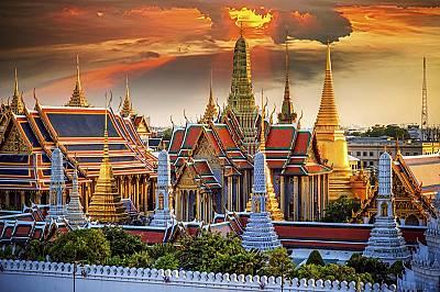 18. място: Банкок, ТайландНаселението на тази урбанизирана територия е 15 милиона 315хиляди души, а площта - 2 590квадратни киломе...