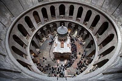 Святото място, където се намира гробът на Иисус Христос.