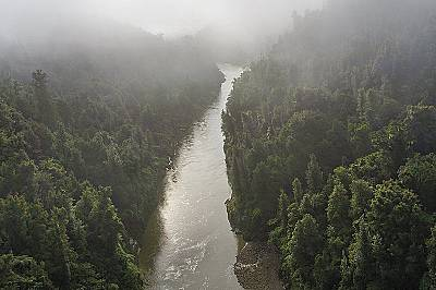 Аз съм реката, реката е моето Аз