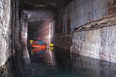 Откриха древни пещери под Монреал