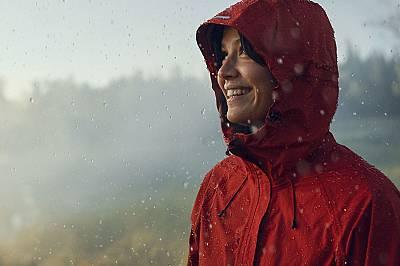 Как една дреха става водоустойчива?