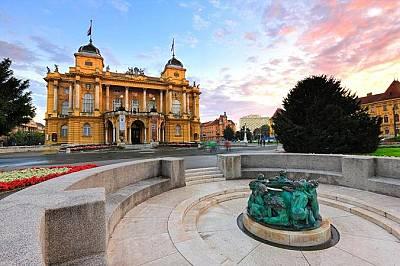 ЗагребРазгледайте световно-известните музеи, австро-унгарската архитектура и посетете някое от многото кафенета в столицата.