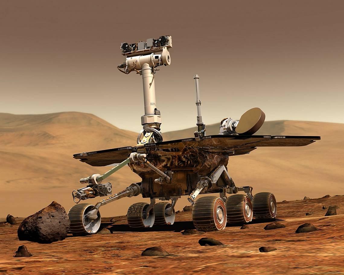 """Версиите на този марсоход, """"Spirit"""" and """"Opportunity"""", бяха изпратени към Марс през 2003 г., където се приземиха на различни места през януари 2004 г...."""