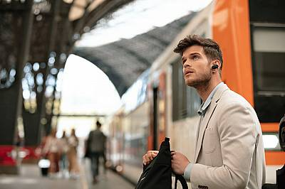 Новите слушалки на Sony WF-1000XM3: без шум, без кабели, без разсейване