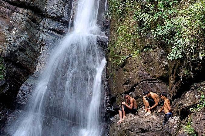 Рио де ла Мина, Пуерто РикоПо протежението на тази река има множество бързеи и вирове, в това число водопадите Ла Мина.